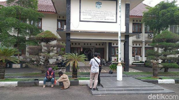 KPK Geledah Kantor PU Kota Banjar