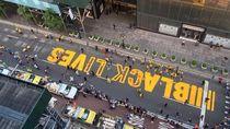 Sempat Dirusak, Mural Black Lives Matter Pindah ke Halaman Tower Trump