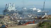 Knego mengungkapkan bahwa tidak mudah mendapat izin masuk ke galangan penghancur kapal pesiar ini. Ia tidak mengungkap bagaimana mendapat izin tersebut.