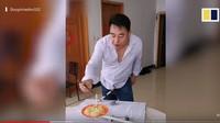 Diet Cara Aneh, Pria Ini Ciptakan Timbangan Makanan yang Rumit