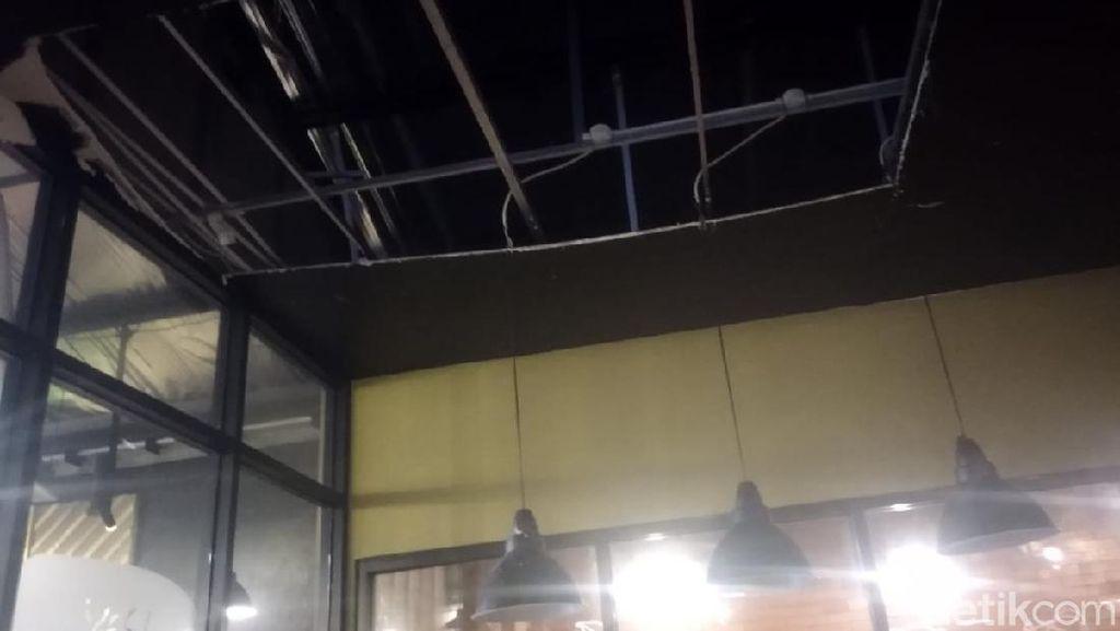 Viral Plafon Kafe di Depok Ambruk, Pemilik Beri Penjelasan
