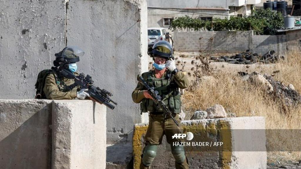 Bentrok dengan Polisi Israel di Yerusalem, 4 Warga Palestina Luka