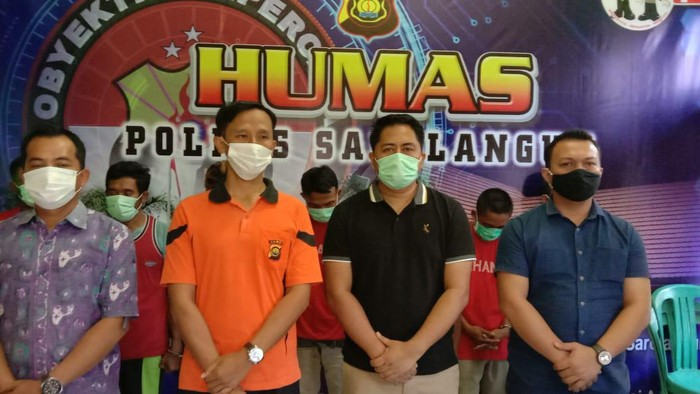 Polres Sarolangun Jambi menangkap 7 orang pekerja tambang ilegal (dok. Polres Sarolangun)
