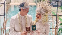 Selamat Menikah Dinda Hauw dan Rey Mbayang