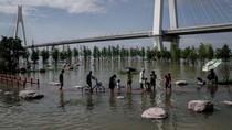 Setelah Corona, Kini Wuhan Diterjang Banjir