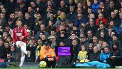 FIFA Desak Wasit Lebih Aktif Gunakan Monitor di Tepi Lapangan