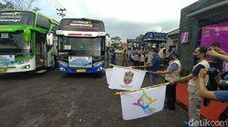 Genjot Kunjungan Wisatawan, Puluhan Armada Bus Konvoi ke Pangandaran