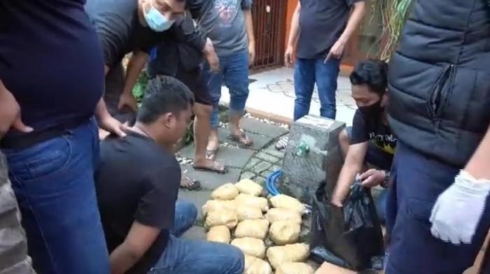 Dua Kurir Sabu Ditangkap di Bintaro