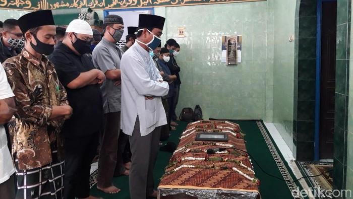 Jenazah editor Metro TV Yodi Prabowo disalatkan