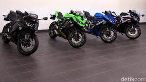Msih Gak Puas! Intip Lagi Motor Kawasaki Ninja 250cc 4 Silinder Pertama di Indonesia