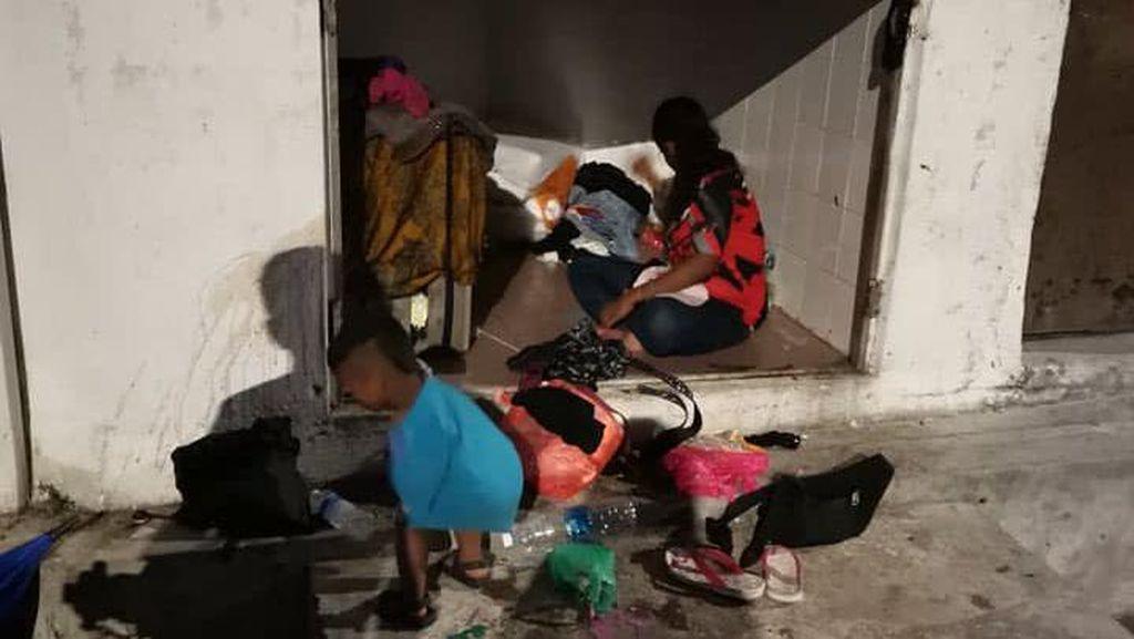 Viral Kisah Miris Ibu dan Tiga Anaknya yang Tinggal di Tempat Sampah