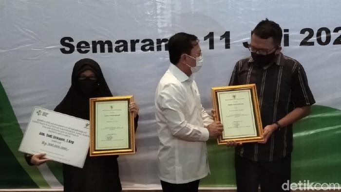 Menkes Terawan di Semarang, Sabtu (11/7/2020)