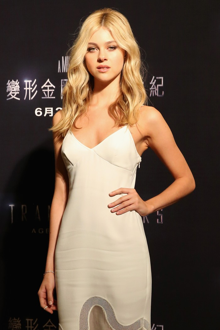 PARIS, FRANCE - OCTOBER 02:  Nicola Peltz attends the Gold Obsession Party - L'Oreal Paris : Photocall as part of the Paris Fashion Week Womenswear  Spring/Summer 2017  on October 2, 2016 in Paris, France.  (Photo by Pascal Le Segretain/Getty Images)