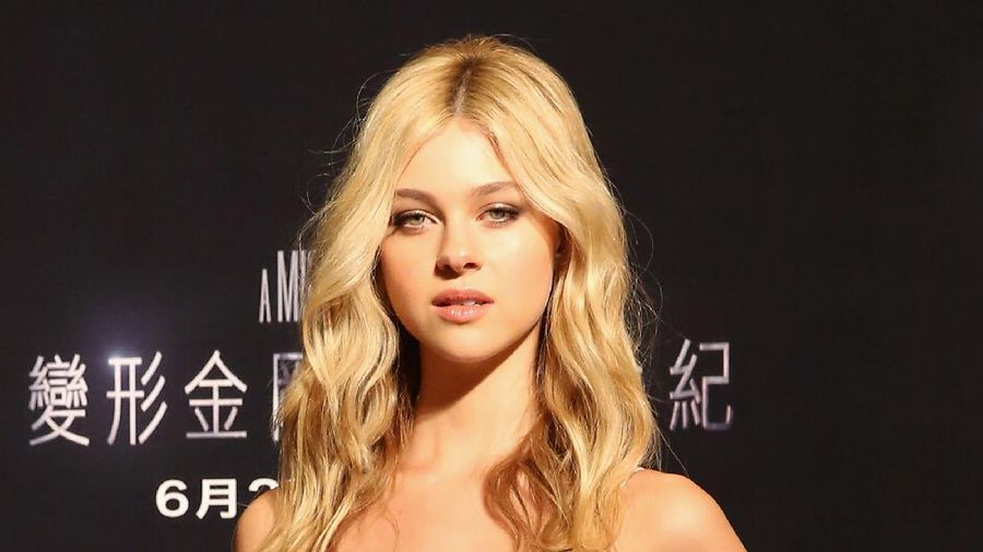 PARIS, FRANCE - OCTOBER 02:  Nicola Peltz attends the Gold Obsession Party - LOreal Paris : Photocall as part of the Paris Fashion Week Womenswear  Spring/Summer 2017  on October 2, 2016 in Paris, France.  (Photo by Pascal Le Segretain/Getty Images)