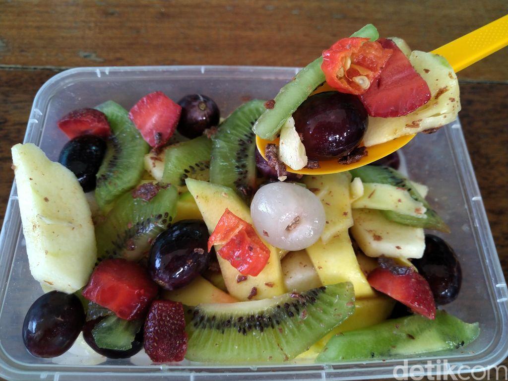 Rekomendasi asinan buah