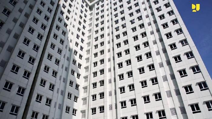 Menteri Pekerjaan Umum dan Perumahan Rakyat (PUPR) meninjau progres pembangunan Rumah Susun (Rusun) Tingkat Tinggi Pasar Jumat, DKI Jakarta.
