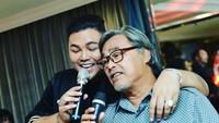 Ayah Ivan Gunawan Meninggal, Ini 8 Momen Keakraban yang Tinggal Kenangan