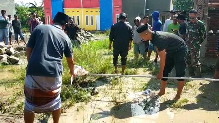 Gas muncul dari pipa air pemukiman warga Pinrang, Sulawesi Selatan (Sulsel).