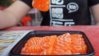 10 Manfaat Salmon, Bisa Turunkan Berat Badan Hingga Cegah Kanker