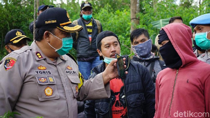 Petani ganja di Bandung merapaut untung ratusan juta rupiah sekali panen