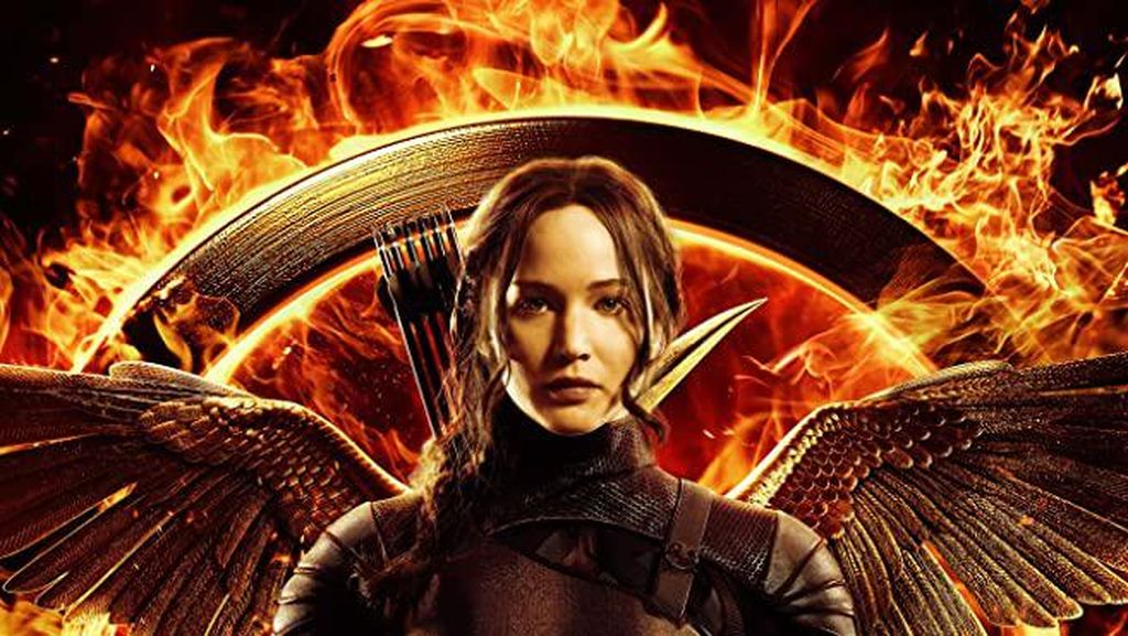 Sinopsis Hunger Games: Mockingjay Part 1, Bonus Nyanyian Jennifer Lawrence