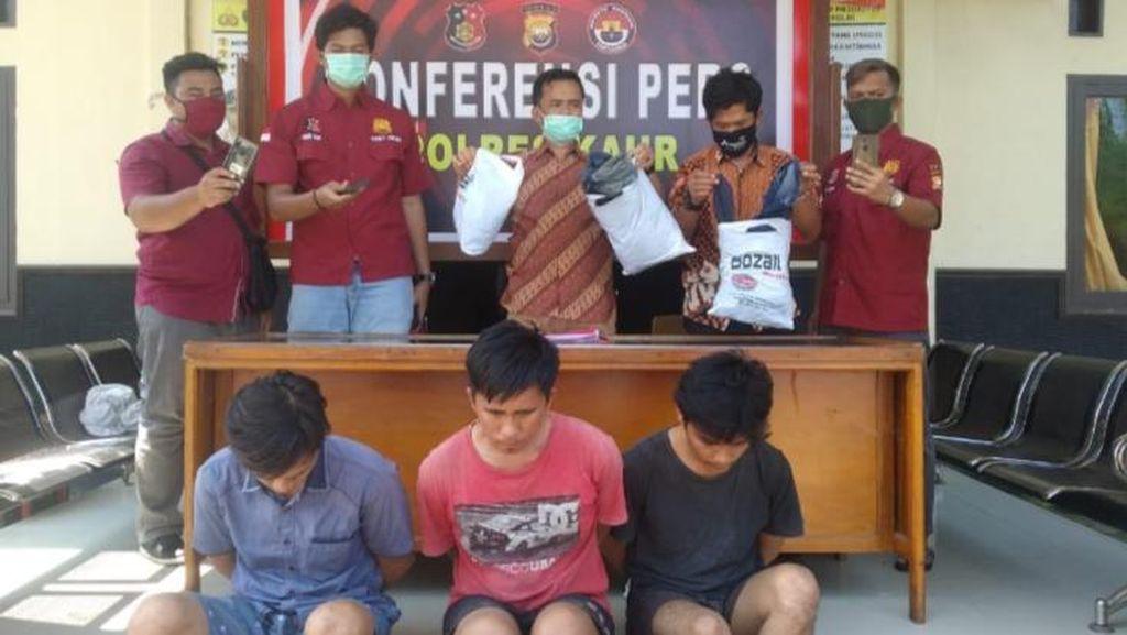 Bawa Kabur Mobil-Duit Rp 17 Juta, 3 Karyawan Toko Bangunan di Bengkulu Diciduk