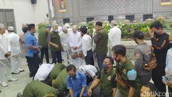 DOB Disetujui Bupati-DPRD, Warga Cianjur Selatan Sujud Syukur