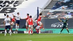 Alderweireld: Tottenham Beruntung Bisa Kalahkan Arsenal