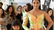 8 Foto Aishwarya Rai dan Putrinya, Susul Amitabh Bachchan Terinfeksi Corona