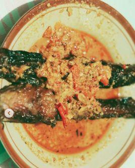 Awkarin Jatuh Cinta dengan Kuliner Jogja, Mangut Lele sampai Sate Klatak
