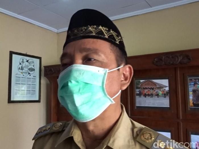 Bupati Rembang Abdul Hafidz bicara soal zona merah Corona, Senin (13/7/2020).