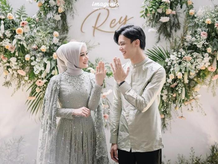 gaya hijab dinda hauw