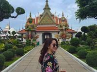 Selain Singapura, di Asia Hana juga pernah berlibur ke Wat Arun di Bangkok, Thailand(Instagram)