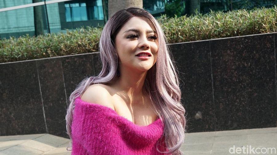 Jenita Janet saat ditemui di kawasan Trans TV.