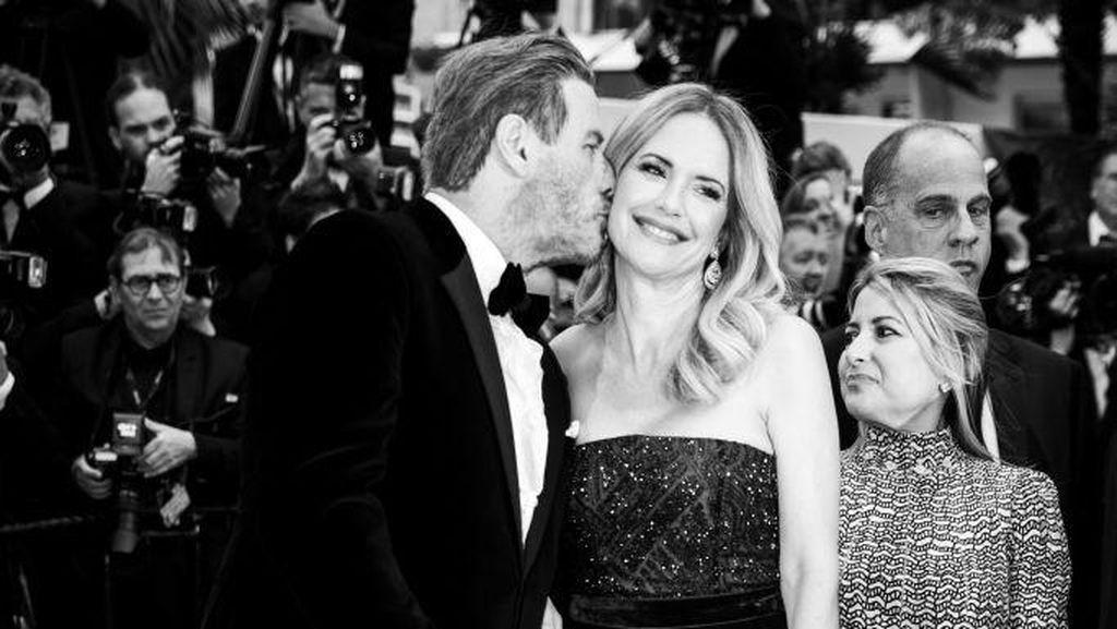Kisah Cinta John Travolta dan Kelly Preston yang Meninggal karena Kanker