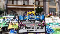 Gus Kamil Meninggal Kena Corona, Karangan Bunga Penuhi Rumah Duka