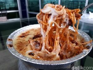 Kejunya Ga Pelit: Gurihnya Spaghettini dan Samyang Panggang Berselimut Keju