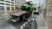 Rasain! Lamborghini Diciduk Gara-gara Parkir di Tempat Pengecasan Mobil Listrik