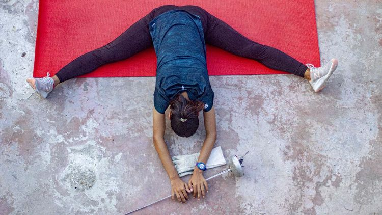 Ketika Atlet Anggar Ini Harus Berlatih Sendiri