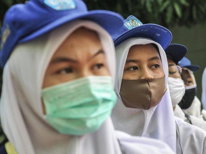 Pendidikan anak: Hampir 10 juta anak berisiko putus sekolah permanen akibat pandemi Covid-19, kata badan amal