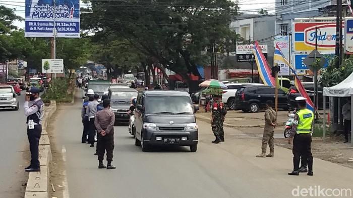 Perbatasan Gowa-Makassar diperketat, Senin (13/7/2020).