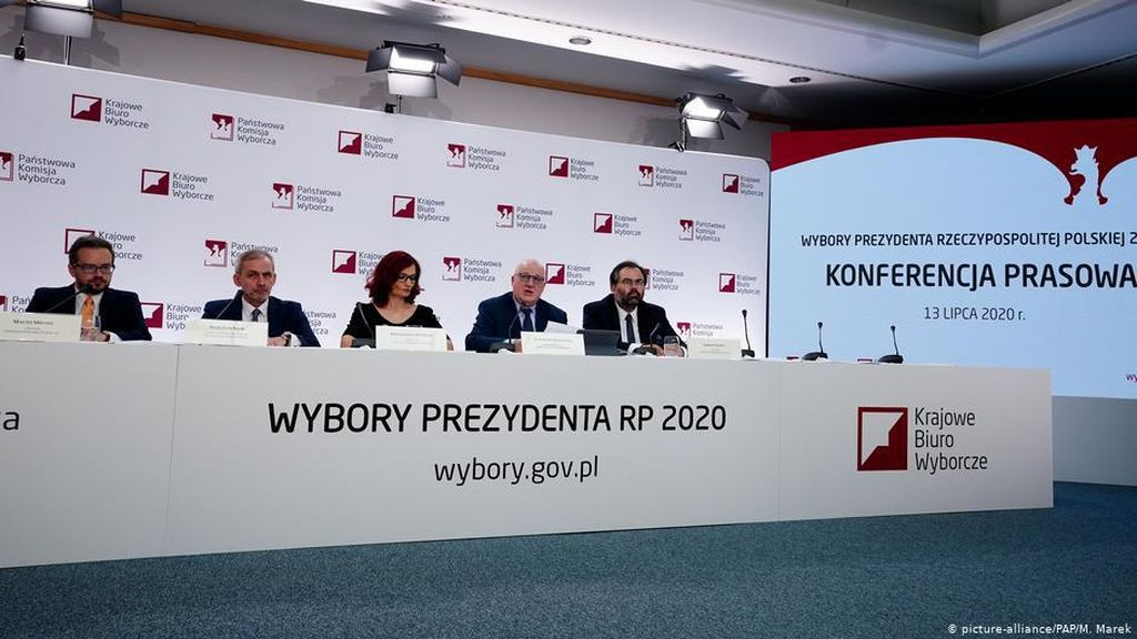 Petahana Andrzej Duda Hampir Pasti Menang dalam Pilpres Ketat di Polandia