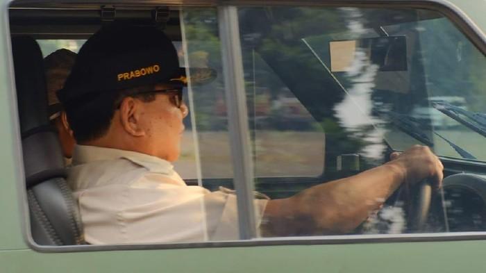 Prabowo Subianto jajal rantis Maung