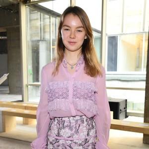 Gaya Princess Alexandra, Cucu Grace Kelly yang Eksis di Acara Fashion Dunia