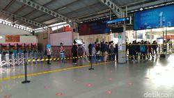 PT KCI: Ada Tambahan 2 KRL, Antrean di Stasiun Bogor Hanya Sampai Selasar