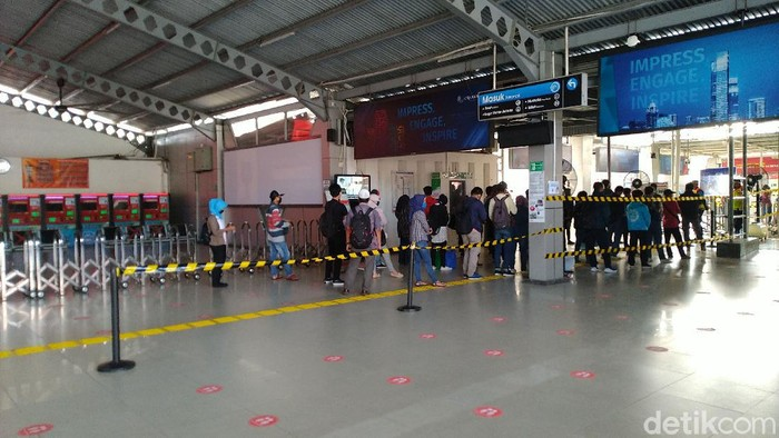 Suasana di Stasiun Bogor pagi ini