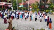Melihat Suasana KBM Tatap Muka Hari Pertama Sekolah di Brebes