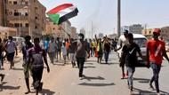 Pasukan Keamanan Tembaki Gas Air Mata ke Pengunjuk Rasa di Sudan