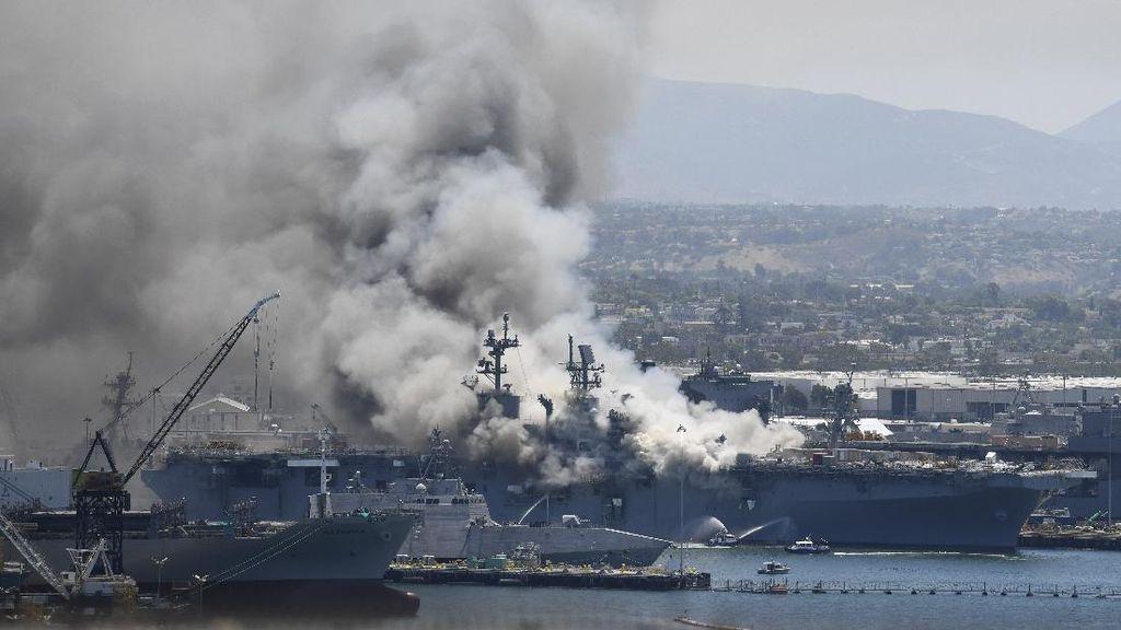 Kapal Perang AS Dilanda Kebakaran, 21 Orang Luka-luka