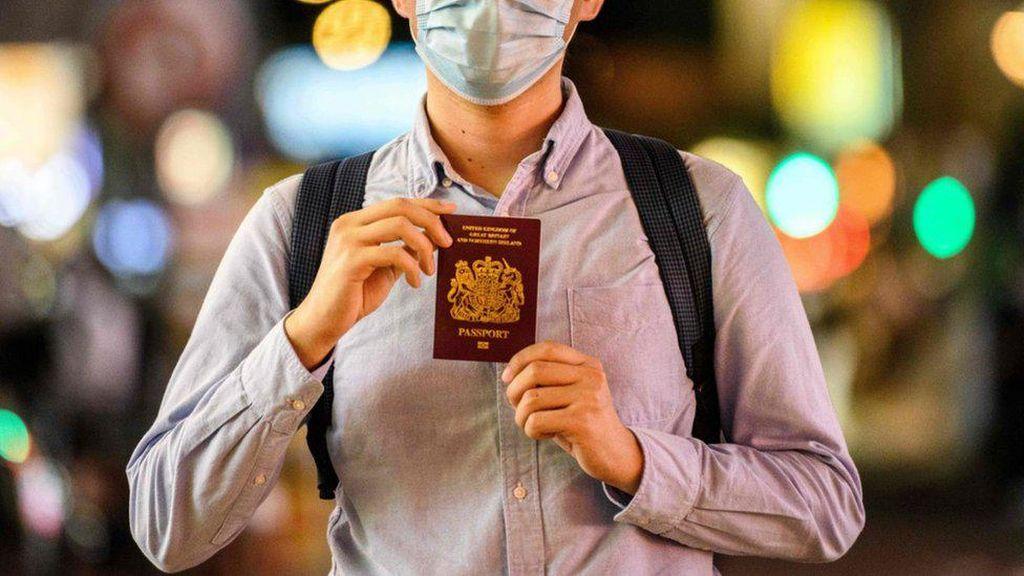 Sejumlah Warga Hong Kong Siap Pindah ke Inggris dengan Paspor Khusus